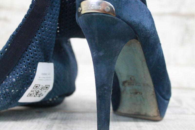 Использование неподходящих средств для ухода за обувью